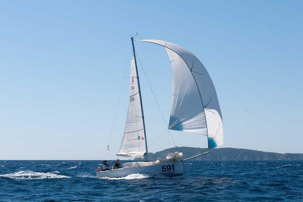 6-Sailing-Marta-Mini650-222-solo